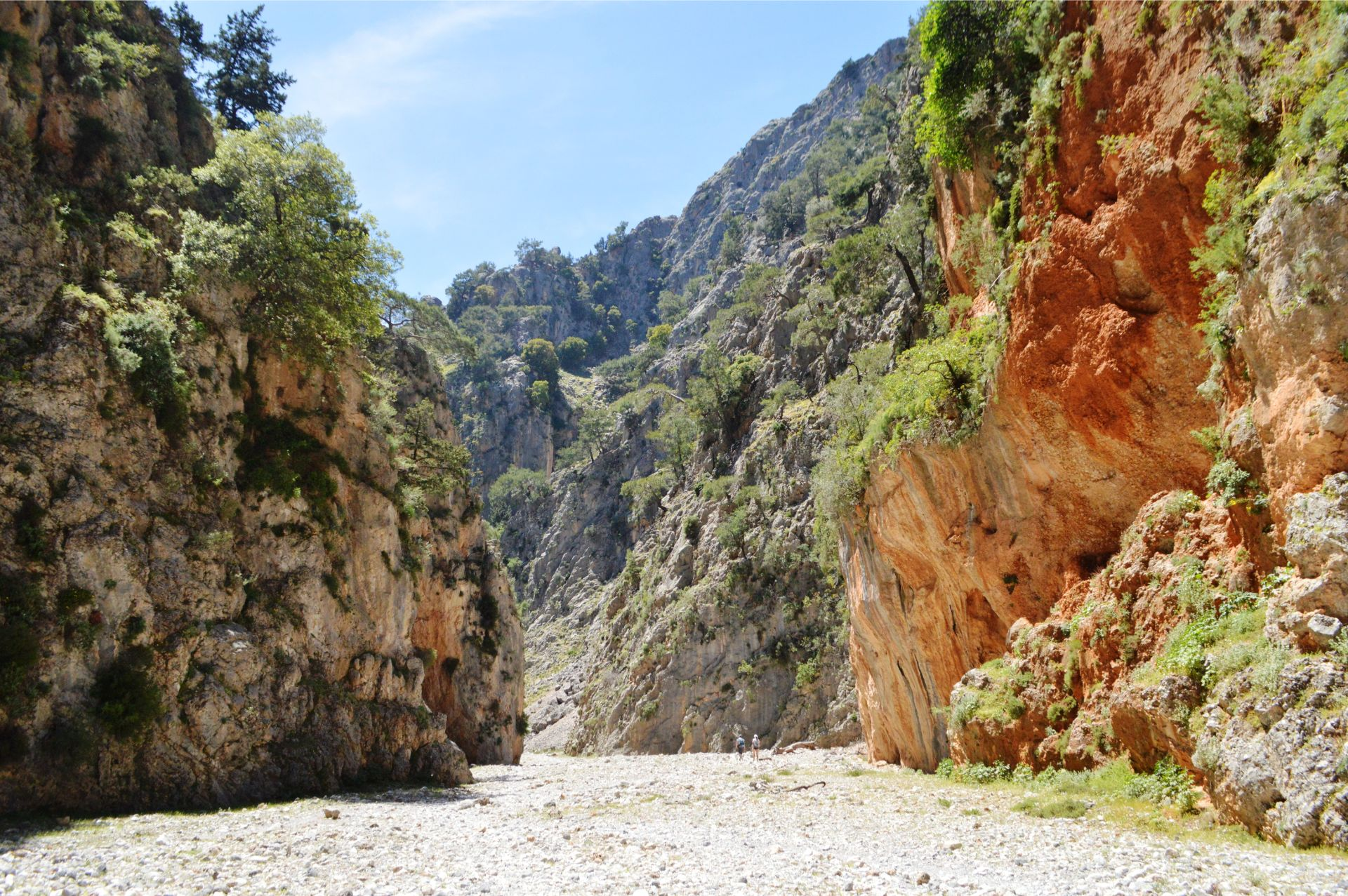 Coastal paths & mountain plains_Evenos_Travel_Aradena_gorge