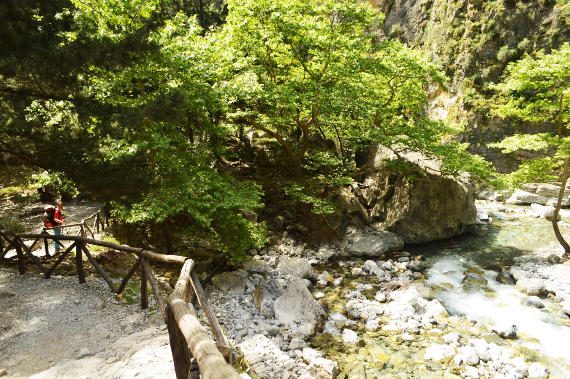 Voidodema Omalos Samaria_Evenos_Travel_2_day_hiking_trip_Samaria_gorge_2day (1)