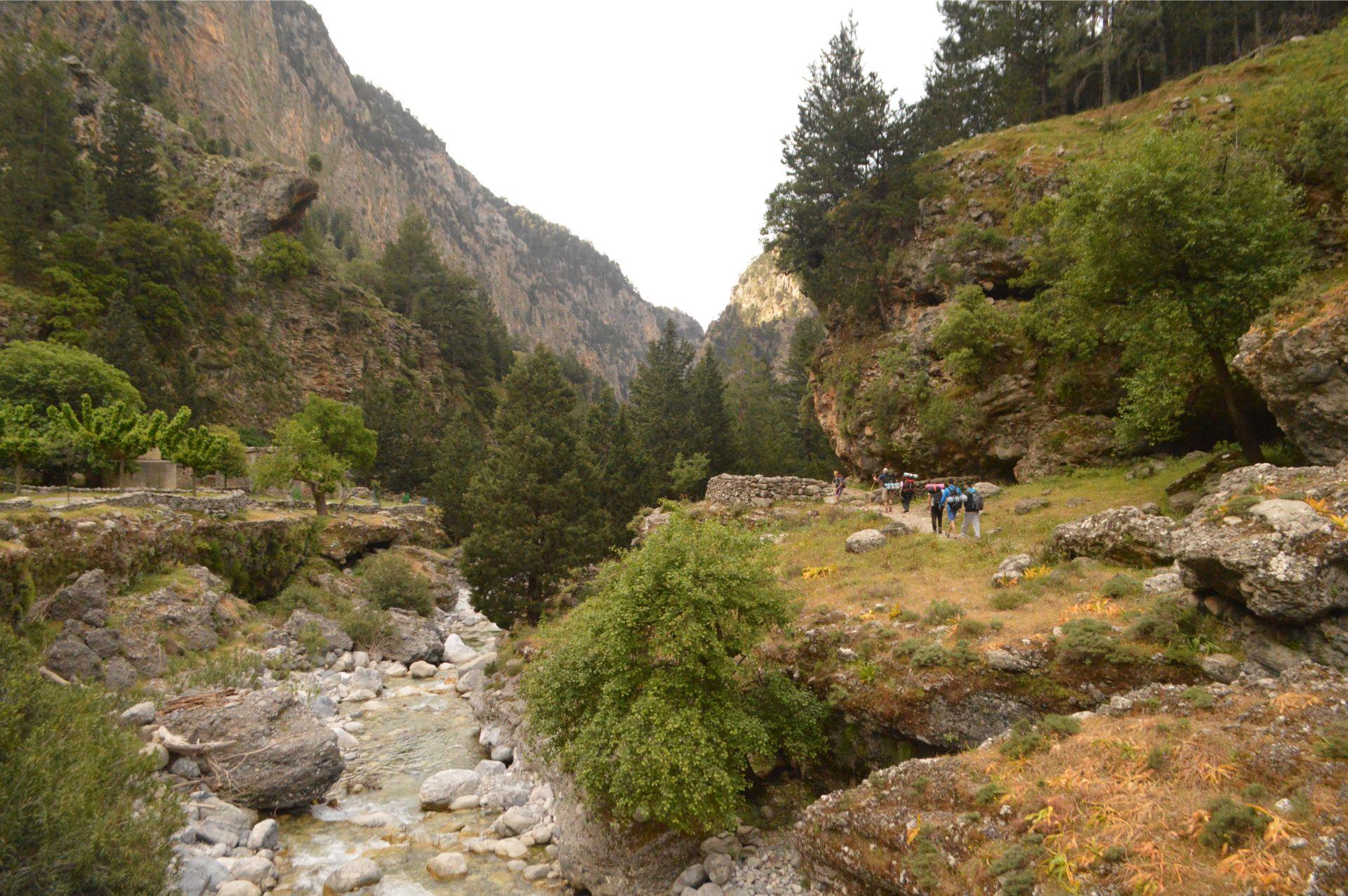 Evenos_Travel_Voidodema_Omalos_Samaria_2_day_hiking_trip_Samaria_gorge_2day (6)